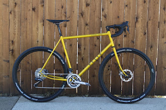 Photo: The finished bike, Di2, disc brakes, Schwalbe Furious Fred 29 x 2.0 tires.