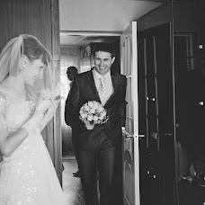 Wedding photographer Varvara Lomancova (VarvaraL). Photo of 25.01.2014