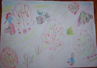 Photo: Drugie miejsce - GRATULUJEMY !!!! praca Michała : Jeździmy rowerem bo ... to zdrowo, a dodatkowo w lesie na grzybobranie wybieramy się :)