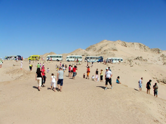 Turisti nel deserto di rudi59