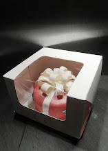 Photo: Small present shaped cake