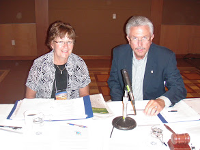 Photo: USWA Chairman Janice Mattson and Past-Chair Michael Edgar (AZ)