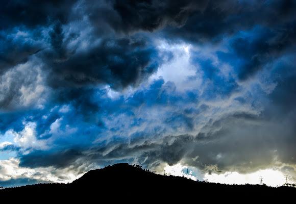 temporale in arrivo  di davide_roncarolo