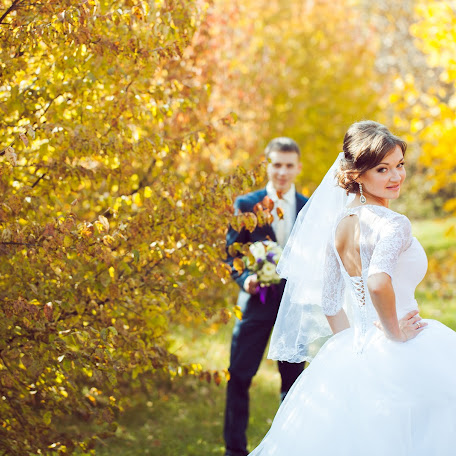 Wedding photographer Varvara Lomancova (VarvaraL). Photo of 27.02.2014