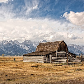 Farm in the Grasslands by Richard Michael Lingo - Buildings & Architecture Other Exteriors ( grand teton national park, wyoming, landscape, prairie, grassland )