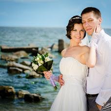 Wedding photographer Sergey Gladkov (GladkovS). Photo of 23.06.2013
