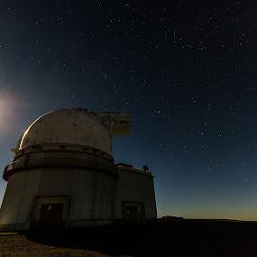 Telescope by Matt Mcclenahan - Buildings & Architecture Other Exteriors ( night photography, mauna kea, long exposure, night, hawaii )