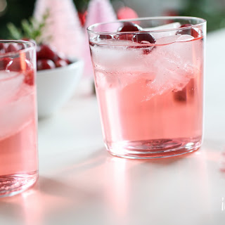 Jingle Juice Holiday Punch.