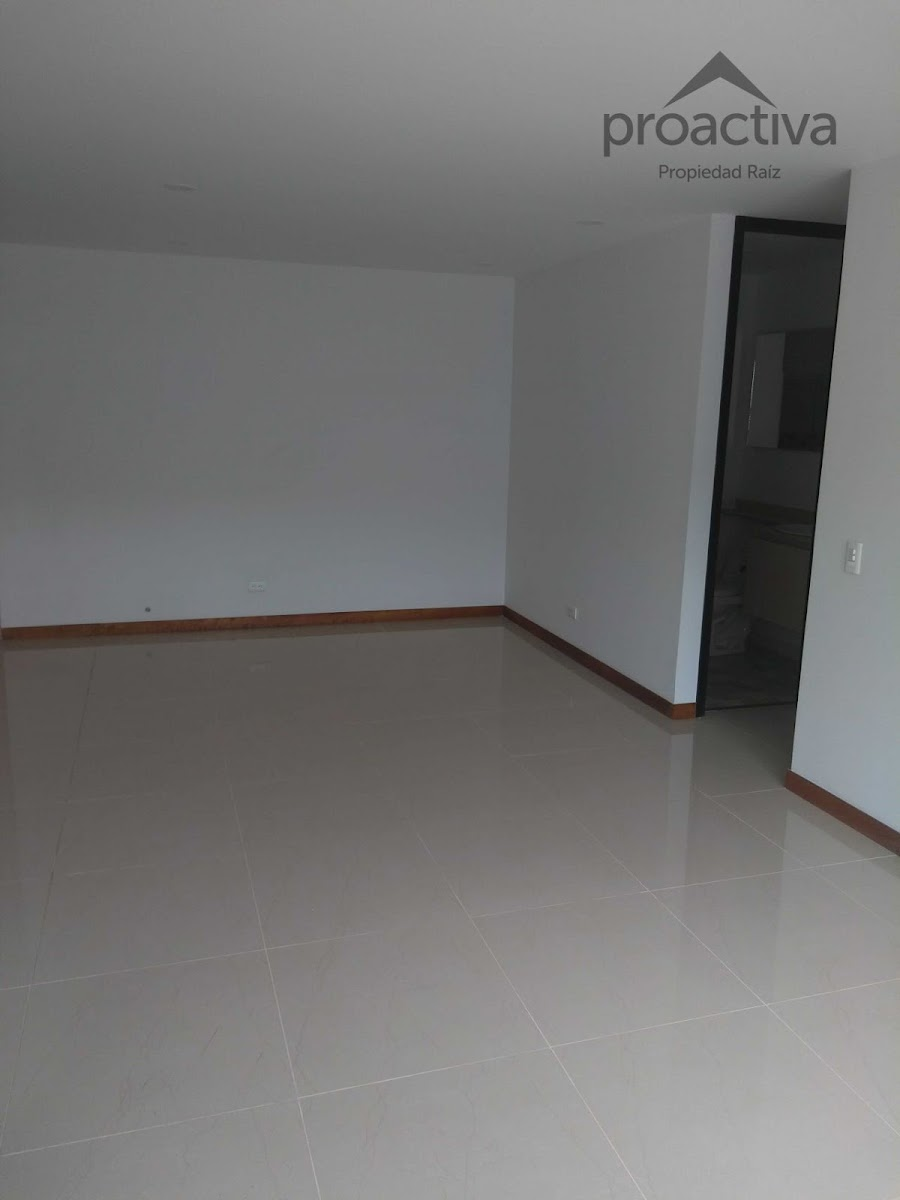 apartamento en arriendo el retiro 497-7217