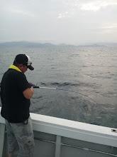 Photo: こちらも初乗船! ヤマグチさん、フィーッシュ!