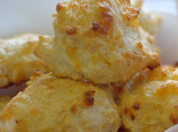 Blue Willow Inn Cheesy Drop Biscuits Recipe