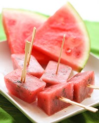 How to Make Ice Cube Tray Popsicles!