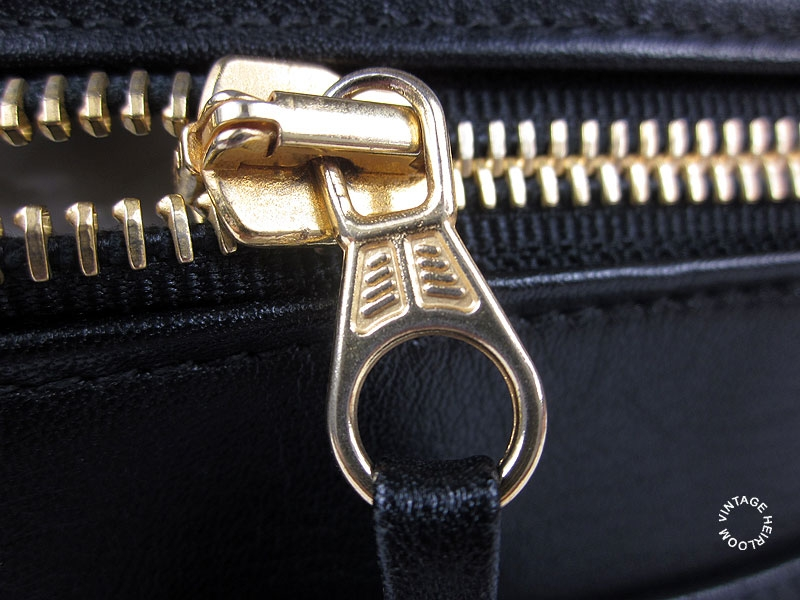 568a561d57 Sometimes you can find 'LAMPO' engraved on the main zipper pull.  Interestingly you can find Lampo zips not only on vintage Chanel bags but  also on vintage ...