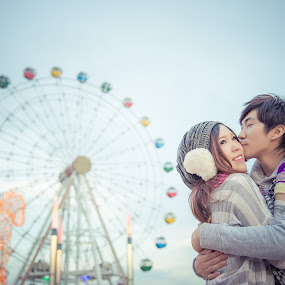 The Love Of Winter by Adzen Jazz - People Couples ( love, sweet, lovers, malaysia, couple, photography, couples )