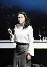 Photo: Wien/ AKADEMIETHEATER: BELLA FIGURA von Yasmin Reza. Inszenierung: Dieter Giesing. Premiere: 3. 4.2016. Sylvie Rohrer. Copyright: Barbara Zeininger