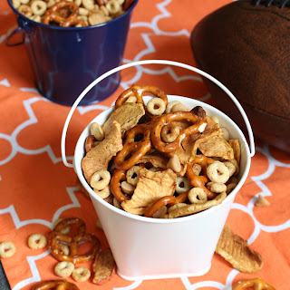 Apple Peanut Butter Cheerios Snack Mix