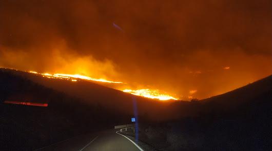 Nuevo incendio forestal en la provincia: el Infoca trabaja en Castro de Filabres