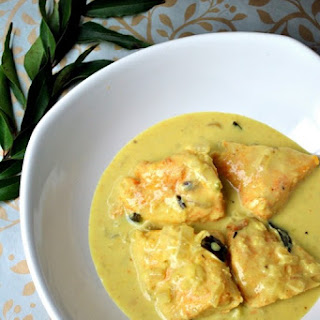 Fish Molee - Kerala Style Fish Curry with Coconut Milk