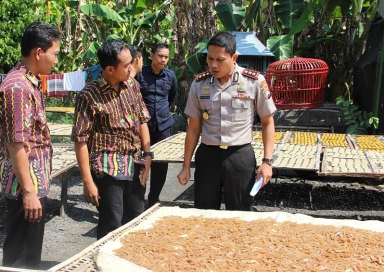 Pabrik Kerupuk di Ngawi Digerebek Polisi