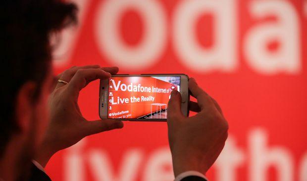 Offerta Vodafone: 20 GB, 1000 Minuti / SMS e uno Smartphone a 12€