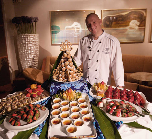 Seadream-chef-treats.jpg - Help yourself to chef's treats on a SeaDream Yacht Club cruise.