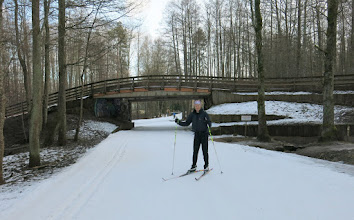 Photo: Tuesday 21 February - now sorted out with skis, and wearing my own boots, I found the skiing at Nomme much better