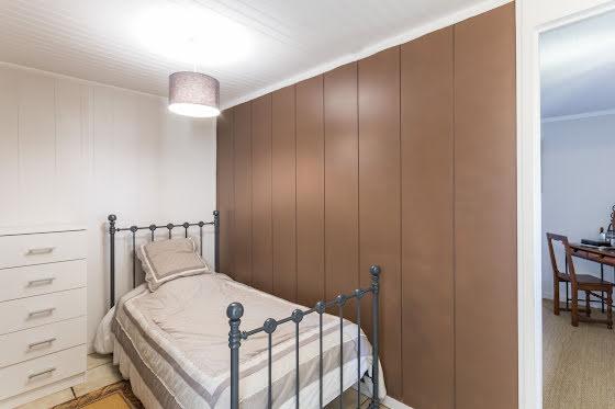 Vente propriété 9 pièces 240 m2