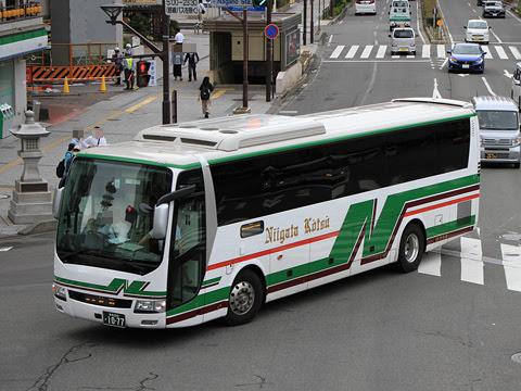 新潟交通「新潟~長野線」 1077 長野駅前にて_01