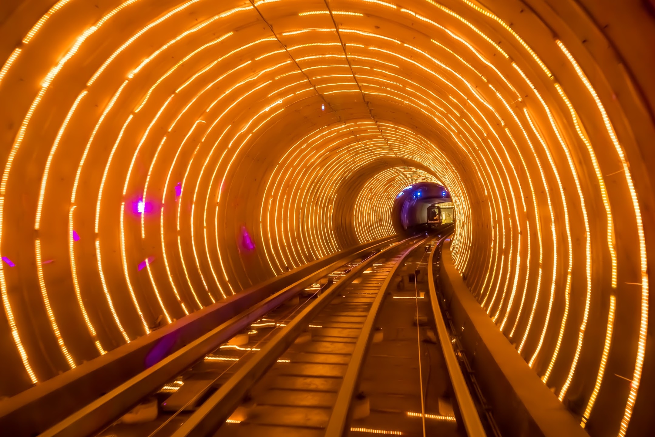 Shanghai Bund Sightseeing Tunnel1