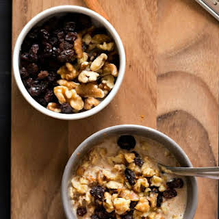 Oatmeal Cookie Overnight Oats.