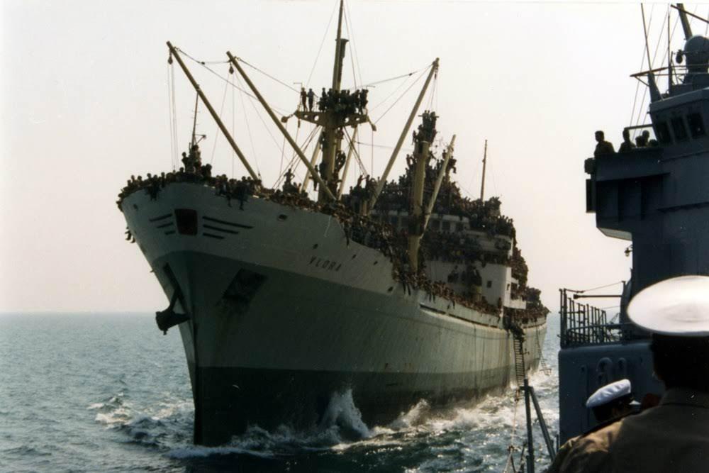 Vlora, o navio de refugiados La Nave Dolce