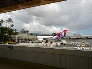 Photo: Leaving the airport at HNL