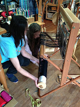 Photo: students learning to thread and dress the saori  loom with the  amazing saori ready made warps.