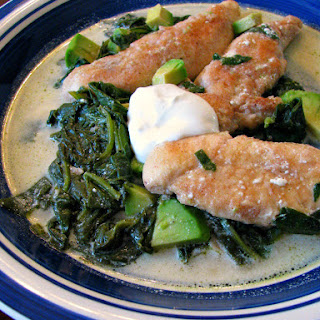 Skillet Chicken with Spinach and Avocado Recipe