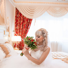 Wedding photographer Ekaterina Pokhodina (Leonsia69). Photo of 25.12.2015