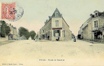 Photo: Route de Saumur, à gauche la forge de mon Grand-père