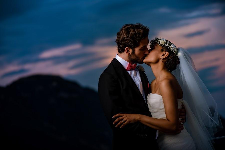 Wedding photographer Jon Mold (jonmold). Photo of 13.12.2016