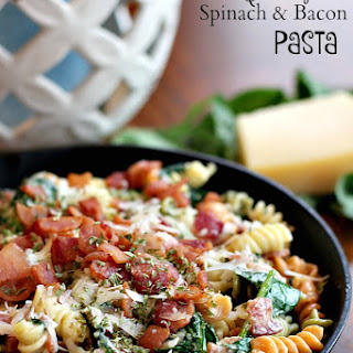 Creamy Spinach & Bacon Pasta