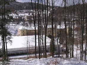 Photo: C4010012 Krynica - juz kwiecien a tu snieg