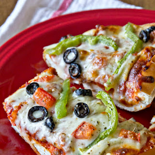French Bread Pizza – Dinner's in 20.