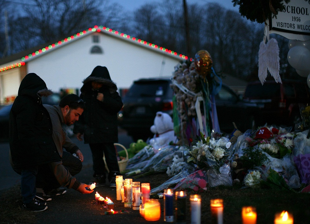 Sandy Hook families to take on gunmaker in court