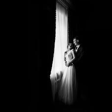Wedding photographer Mikhail Sotnikov (Sotnikov). Photo of 25.10.2017