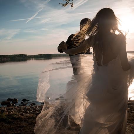 Wedding photographer Aleksey Krupica (krupitsaalex). Photo of 19.10.2017