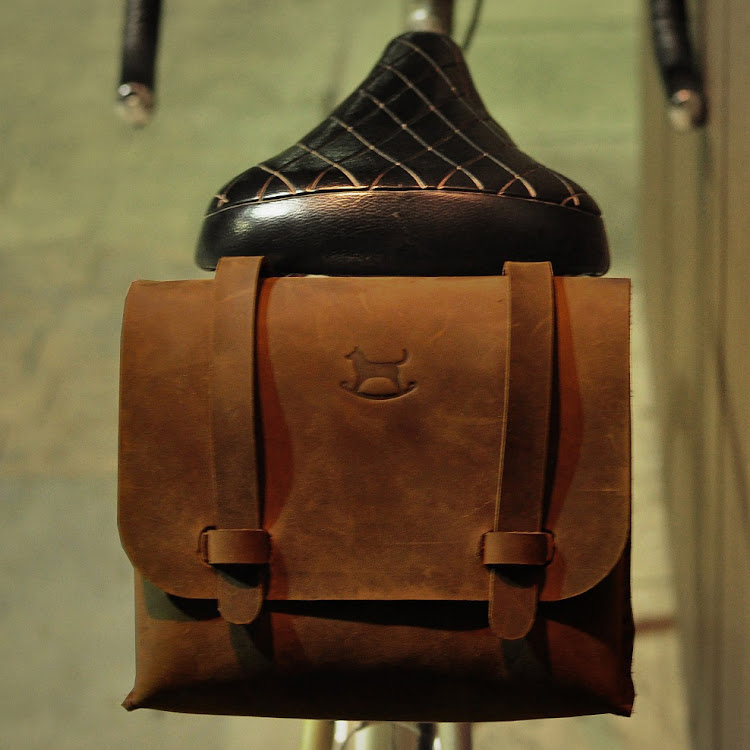 Bike Bag Bark - Chocolate by Rocking Dog by Pipit Zakka Store