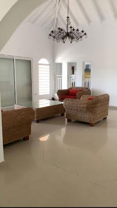 Vente villa 5 pièces 1780 m2