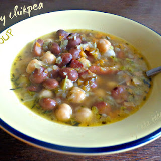 Hearty Chikpeas Soup