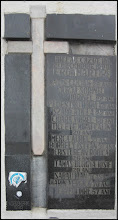 """Photo: Cluj-Napoca - Str. Universitatii, Nr.1 - clădirea în care funcționează Librăria Universității, construită între anii 1912-1913, de către David Sebestyen, și care a fost primul sediu al Casei de Asigurări din Cluj. În fața acestei clădiri se află amplasată o placă comemorativă cu numele celor 13 eroi uciși în 21 decembrie 1989, precum și o placă comemorativă a Prefecturii Cluj."""" - info ziar de cluj.ro - 2018.01.19  https://www.ziardecluj.ro/sa-redescoperim-orasul-cu-ajutorul-noii-generatii-citadelele-ororii-si-semnele-eroismului-la-cluj-napoca"""