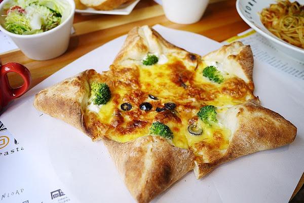 斗六 Pizza Factory-披薩工廠 新開幕工業風餐廳‧斗六終於也有派大星披薩了♥♥♥
