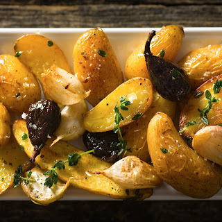 Roasted Potatoes With Figs and Thyme