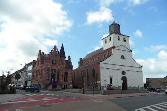 Photo: Eglise de Leupegem (Sint-Amanduskerk van 1830)